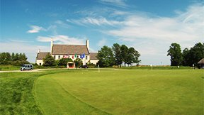 There's Sheboygan golf courses like Whistling Straits on the shore of Lake Michigan